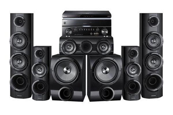5 thiết bị âm thanh thường gặp trong một sân khấu lớn