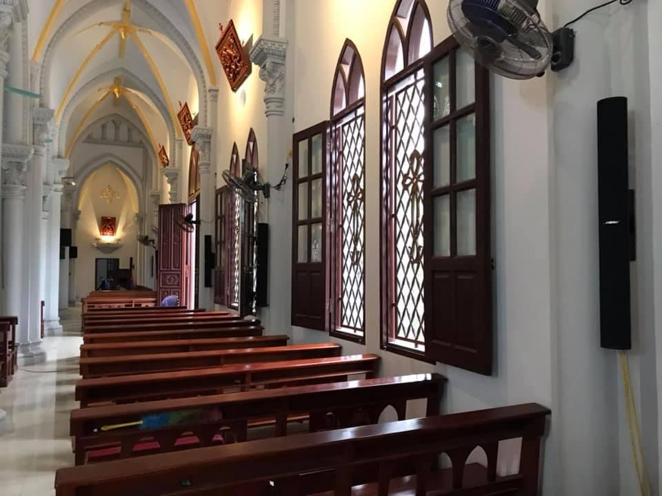 Hệ thống âm thanh nhà thờ