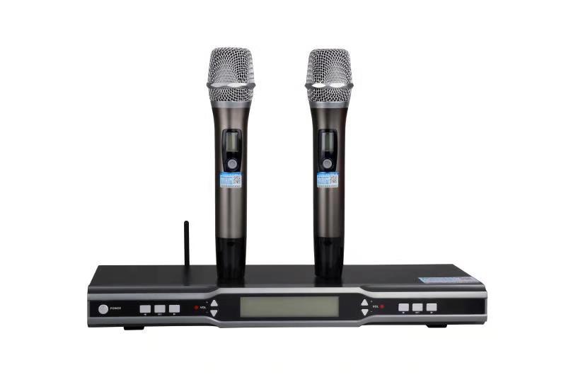Micro không dây BK F6000 - Công ty thiết bị âm thanh nhập khẩu cao cấp