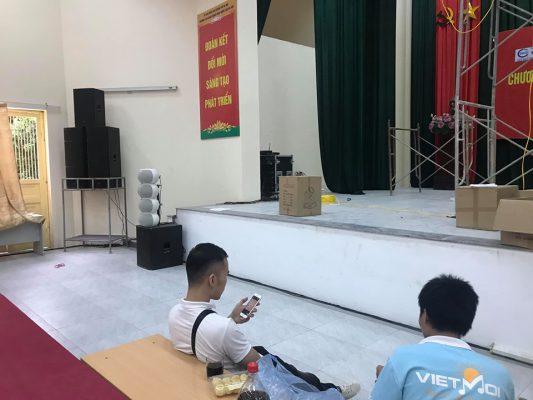 Các thiết bị âm thanh đều là hàng chính hãng cao cấp nhập khẩu về Việt Nam