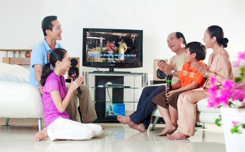 Một dàn karaoke gia đình gồm những thiết bị nào