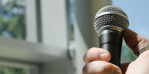 phụ kiện trong dàn âm thanh chuyên nghiệp