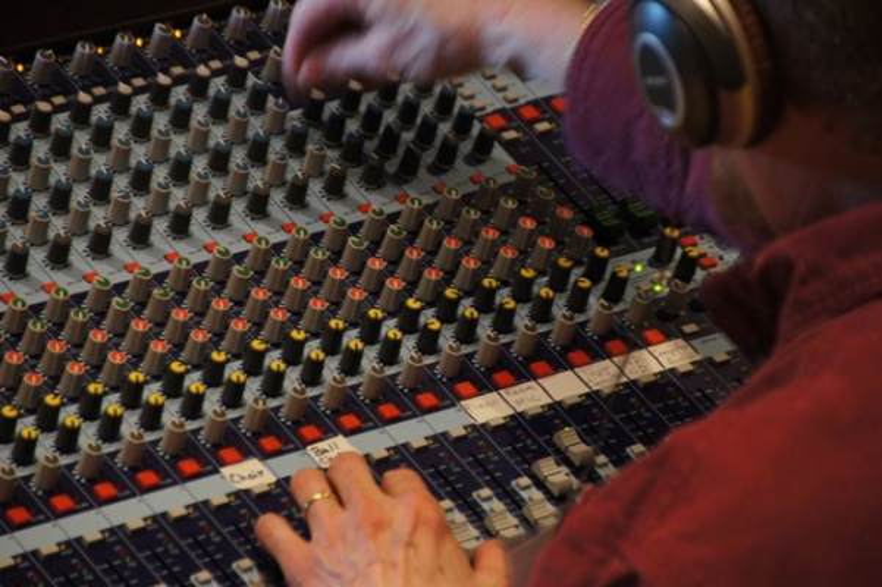 Cách chỉnh mixer để hát karaoke