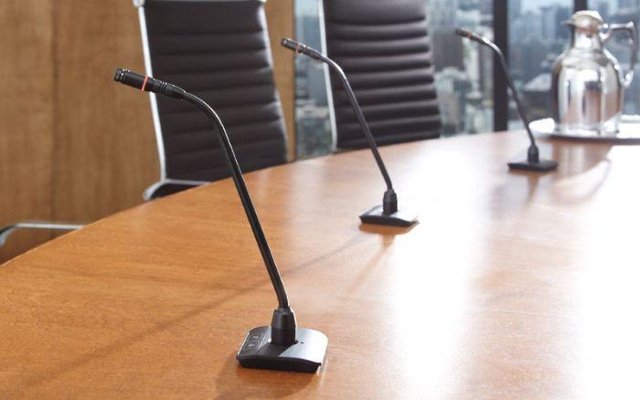 Những lý do để đầu tư micro cổ ngỗng trong các hội nghị