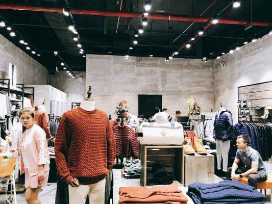 dự án lắp đạt loa thông báo cho shop quần áo