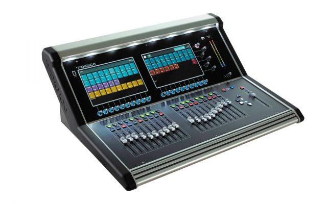 mixer trong dàn âm thanh quán bar