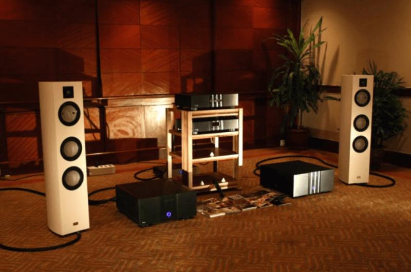 Cách bố trí loa nghe nhạc và những ảnh hưởng đến chất lượng âm thanh