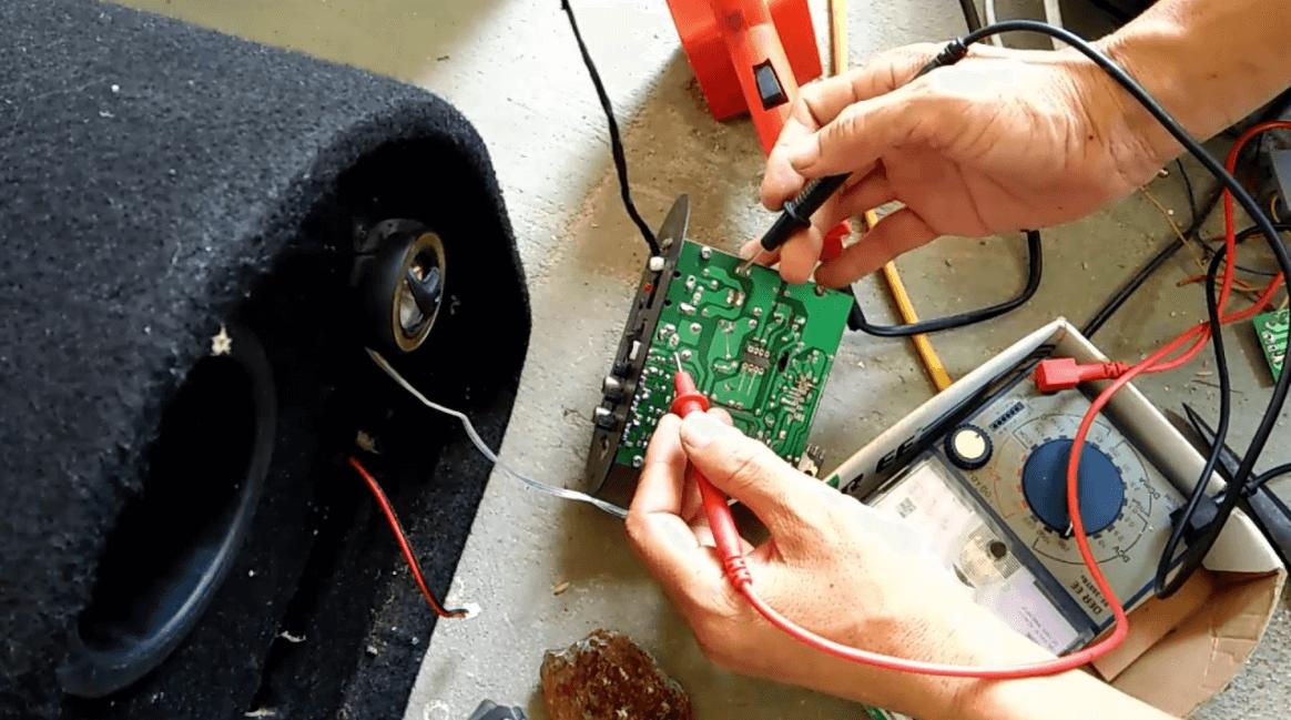 Quy trình sửa âm ly của một cửa hàng uy tín